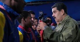 Presidente Maduro otorga reconocimiento a atletas participantes en XXIII Juegos Sordolímpicos 2017