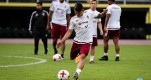Venezuela reta esta tarde a Uruguay en último partido de local en eliminatorias